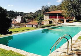 Outside swimming pool in Casa de Alfena