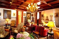 Living room at Casa de Pergola, Cascais, Lisbon
