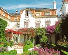 External view of Casa da Pergola Cascais near Lisbon with thanks to Joan Navin