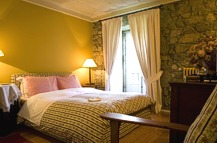 Bedroom at Casa de Santo Antonio de Britiande - Douro Basin - Accommodation